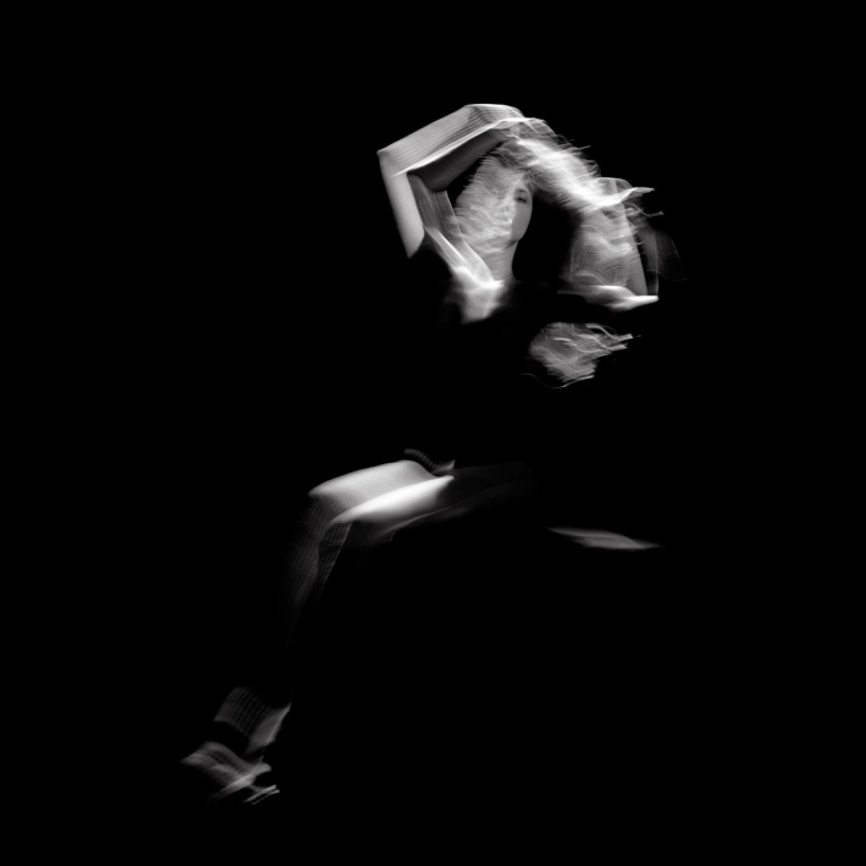 éternel féminin photographie argentique - Land Me - Groupe imprimerie nationale - atelier du livre d'art et de l'estampe - groupe de musique AIR - Nicolas godin - jean-benoit dunckel - livre-objet - exposition - le corps féminin - poésie pluri-sensorielle -